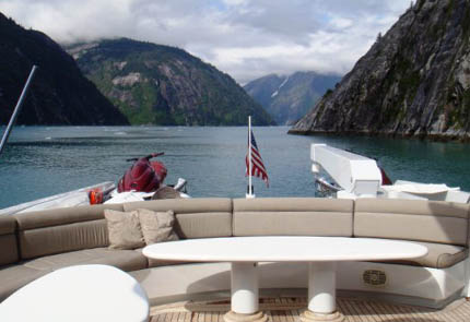 Click image for larger version  Name:topdeckseating.jpg Views:108 Size:45.7 KB ID:41758