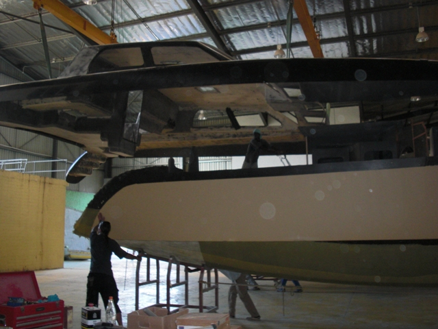 Click image for larger version  Name:#10 Moving hull into place under deck (3).JPG Views:119 Size:233.9 KB ID:41777