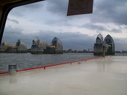 Click image for larger version  Name:barge to london 018.jpg Views:137 Size:402.3 KB ID:41862