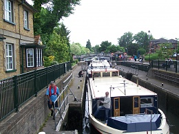 Click image for larger version  Name:barge to london 140.jpg Views:116 Size:440.0 KB ID:41876