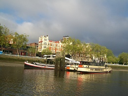 Click image for larger version  Name:barge to london 075.jpg Views:118 Size:420.0 KB ID:41893