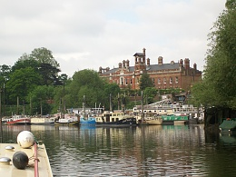 Click image for larger version  Name:barge to london 093.jpg Views:112 Size:426.4 KB ID:41895