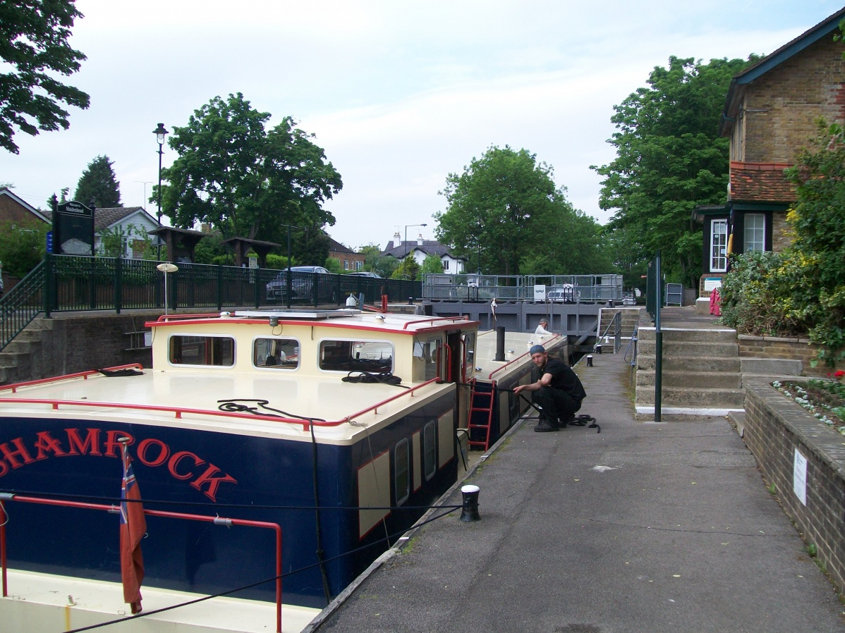 Click image for larger version  Name:barge to london 141.jpg Views:65 Size:434.1 KB ID:41915