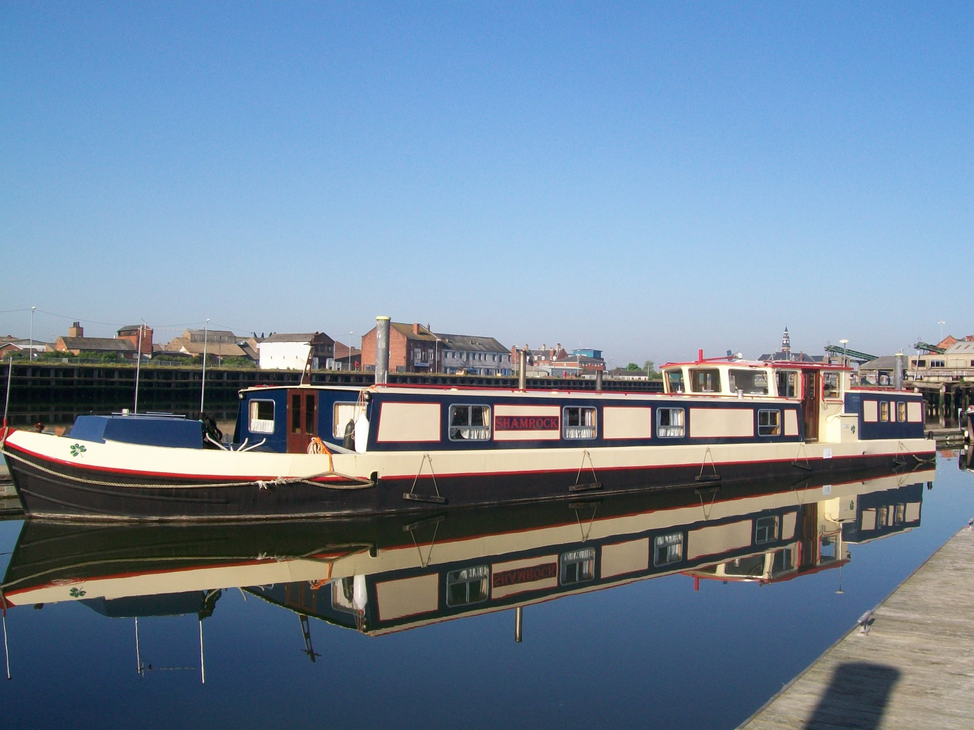 Click image for larger version  Name:barge to london 200.jpg Views:71 Size:410.7 KB ID:41918