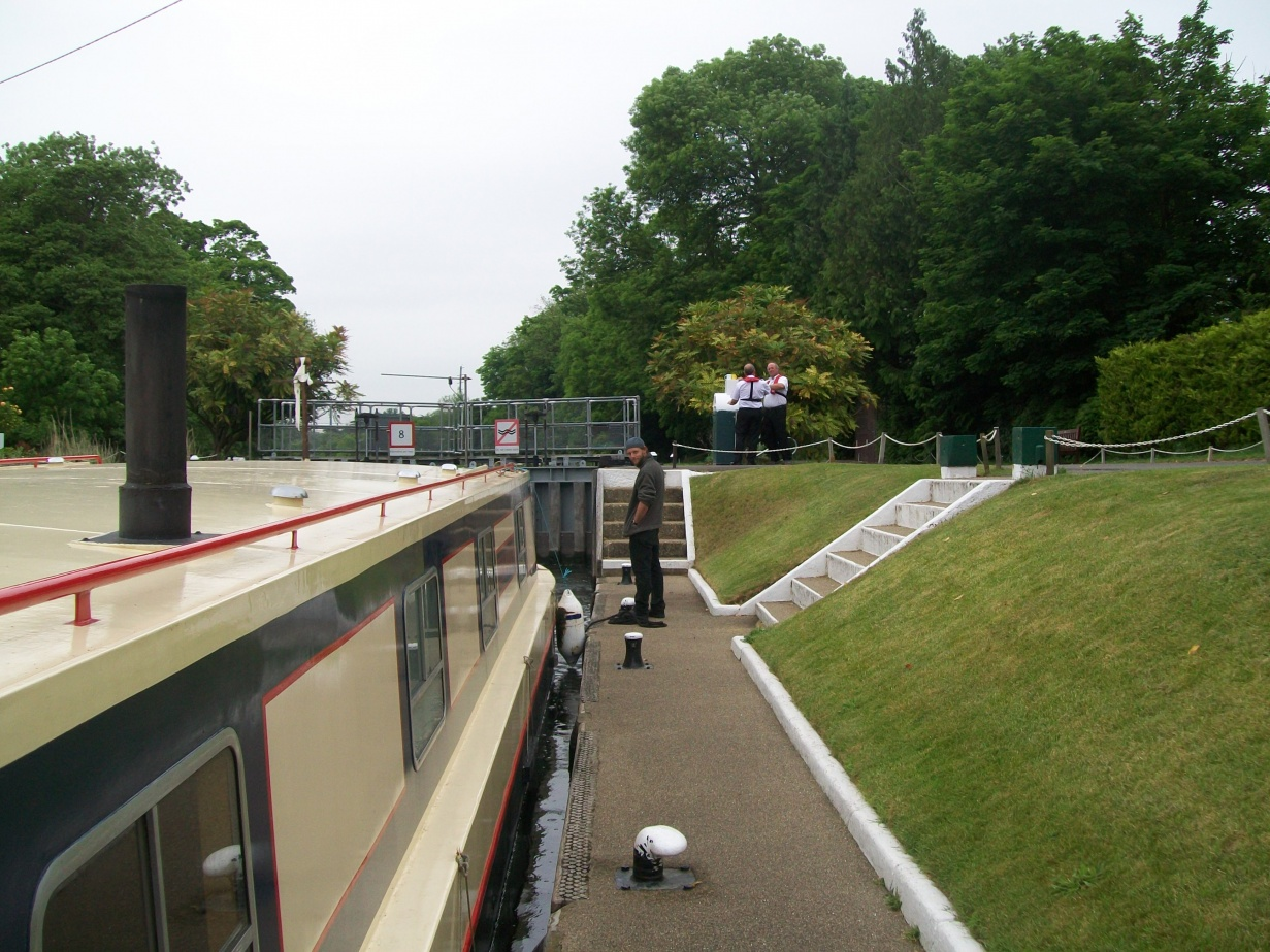 Click image for larger version  Name:barge to london 135.jpg Views:75 Size:431.2 KB ID:41919