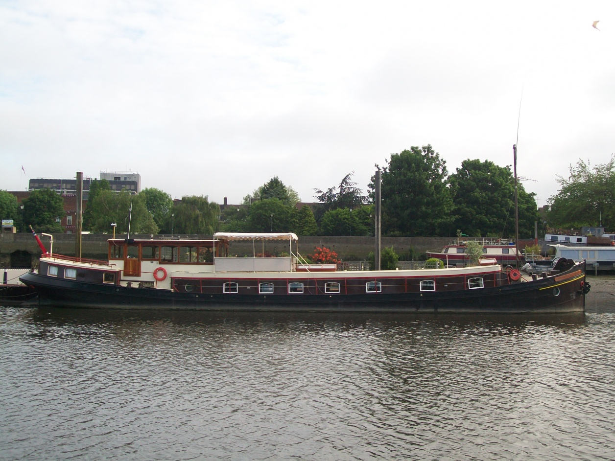 Click image for larger version  Name:barge to london 082.jpg Views:87 Size:418.2 KB ID:41922