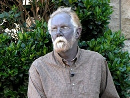 Click image for larger version  Name:blue man.jpg Views:89 Size:35.4 KB ID:42325
