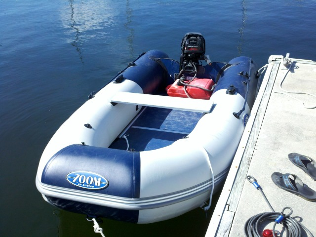 Click image for larger version  Name:leilani dinghy.jpg Views:170 Size:118.0 KB ID:42835