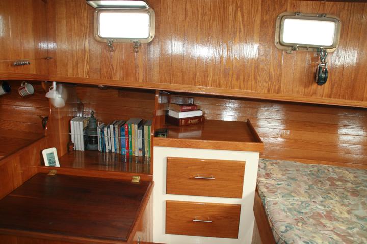 Click image for larger version  Name:Bookshelves new.jpg Views:127 Size:355.3 KB ID:44203