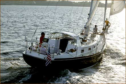 Click image for larger version  Name:43sail3.jpg Views:476 Size:29.4 KB ID:44274