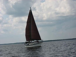 Click image for larger version  Name:Sailing 3.jpg Views:353 Size:65.8 KB ID:45926