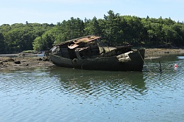 Click image for larger version  Name:Wreck-in-Ridley-Cove.jpg Views:85 Size:169.7 KB ID:46298