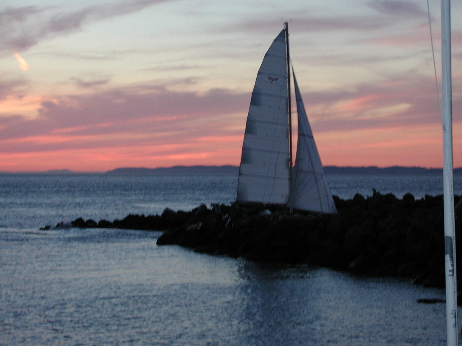 Click image for larger version  Name:Computer screen saver boat pics 061.jpg Views:89 Size:401.8 KB ID:46355