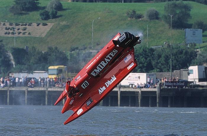 Click image for larger version  Name:boat crash1.jpg Views:69 Size:75.7 KB ID:46631