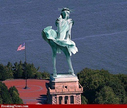 Click image for larger version  Name:Statue of Liberty during the storm.jpg Views:269 Size:50.2 KB ID:49256
