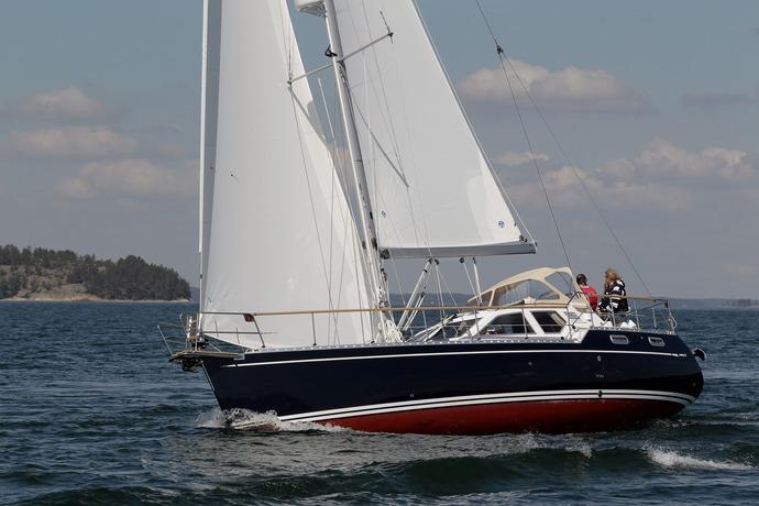 Click image for larger version  Name:Nauticat37Easycat-sail4.jpg Views:678 Size:103.0 KB ID:50059