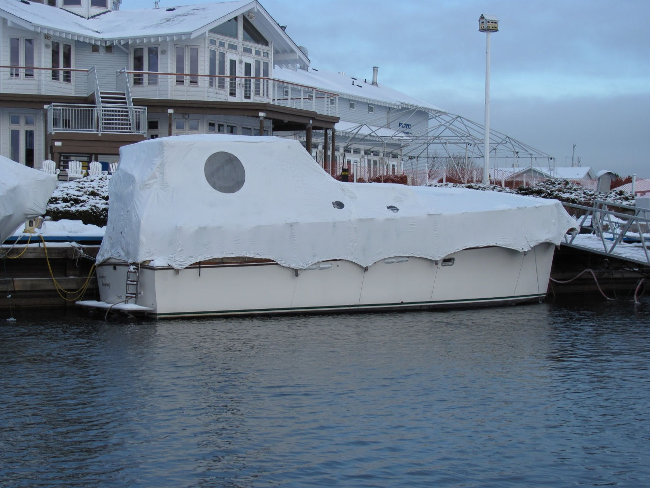 Click image for larger version  Name:Snow boat.jpg Views:196 Size:412.7 KB ID:50134