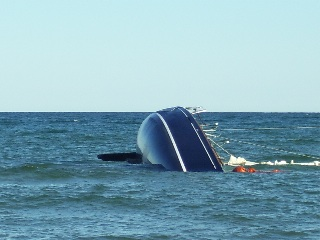 Click image for larger version  Name:barracuda_sinking_320.jpg Views:418 Size:27.8 KB ID:51293