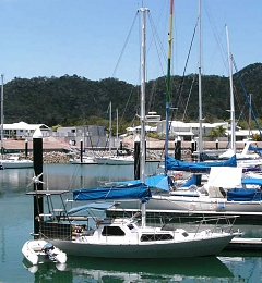Click image for larger version  Name:06 Made it to magnetic island.JPG Views:159 Size:122.5 KB ID:51487