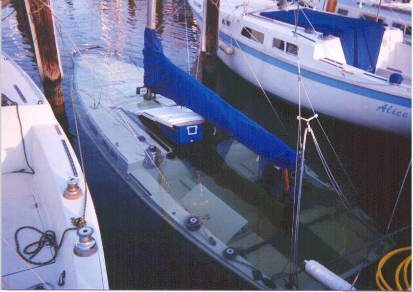 Click image for larger version  Name:SunkenSailBoat.jpg Views:266 Size:53.0 KB ID:51674