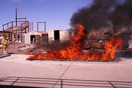 Click image for larger version  Name:Fire extinguisher.jpg Views:103 Size:155.1 KB ID:52894