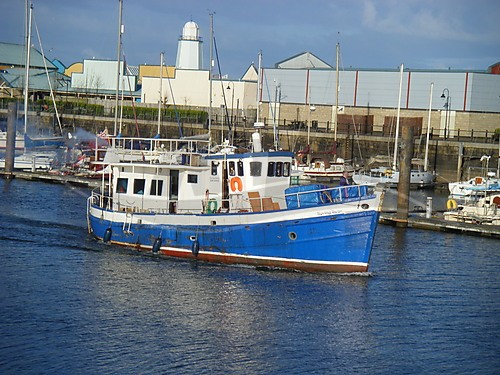 Click image for larger version  Name:Fishing Boat.jpg Views:73 Size:77.9 KB ID:53055