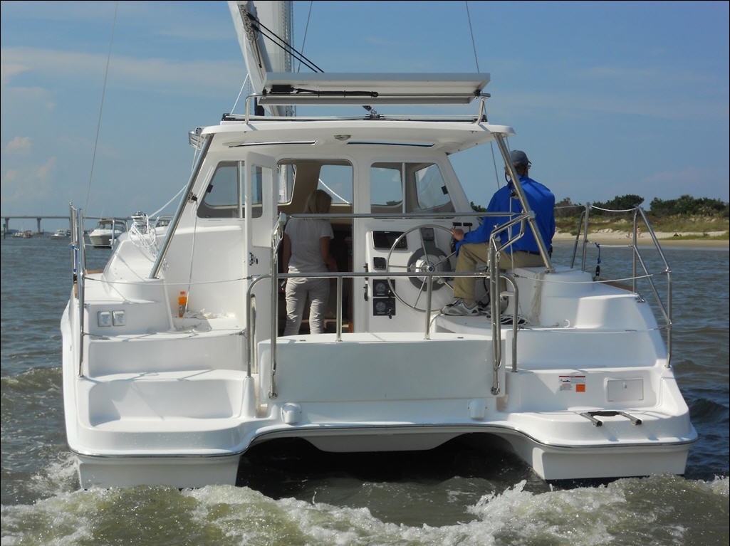 Click image for larger version  Name:Gemini Legacy 35 Stern.jpg Views:408 Size:113.2 KB ID:54252