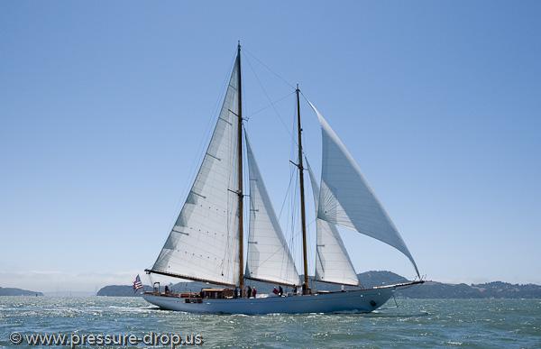 Click image for larger version  Name:schooner.jpg Views:564 Size:94.9 KB ID:55523