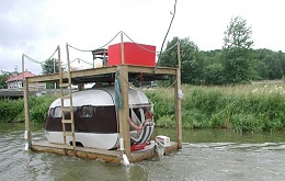 Click image for larger version  Name:bubbayacht.jpg Views:326 Size:57.4 KB ID:5661