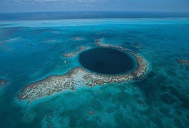 Click image for larger version  Name:Blue_Hole_Belize.jpg Views:544 Size:21.1 KB ID:5735