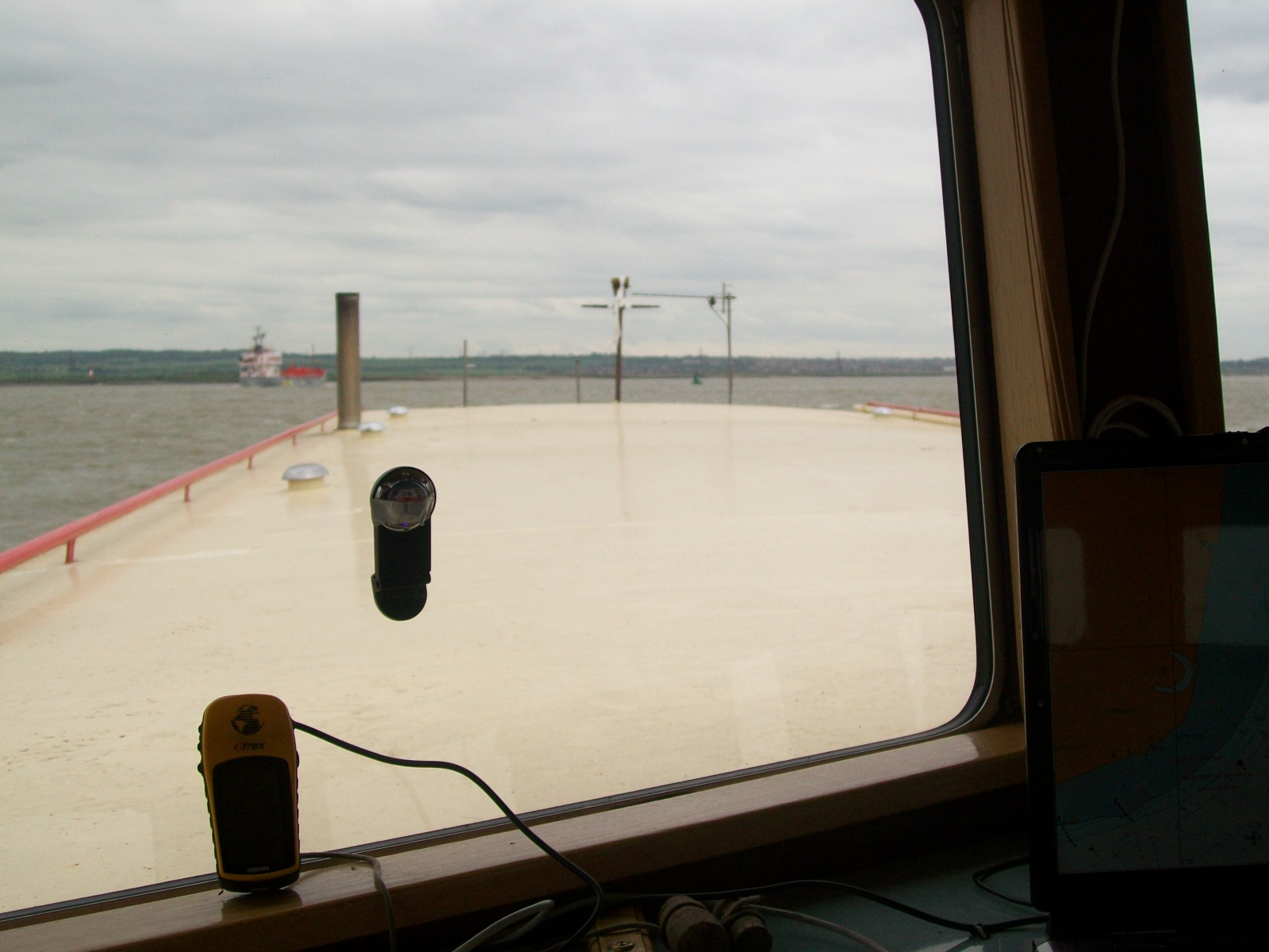 Click image for larger version  Name:barge to london 006.jpg Views:145 Size:366.9 KB ID:58099