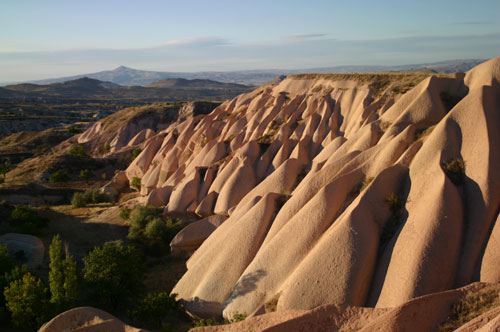 Click image for larger version  Name:Rock-formations,-Uchisar.jpg Views:92 Size:44.7 KB ID:58530