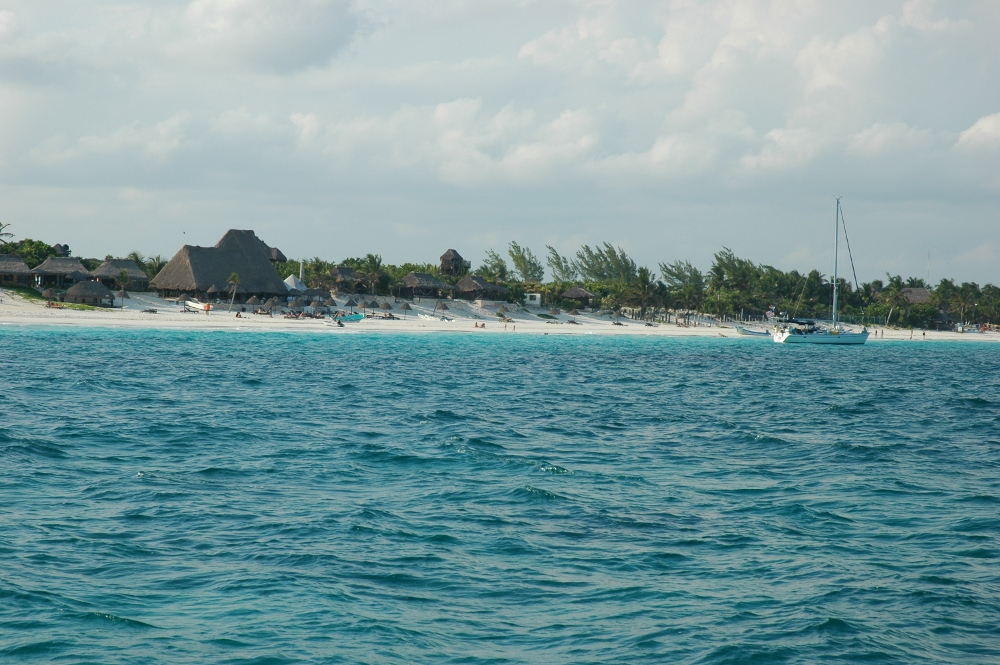 Click image for larger version  Name:Tulum.JPG Views:76 Size:323.1 KB ID:58706