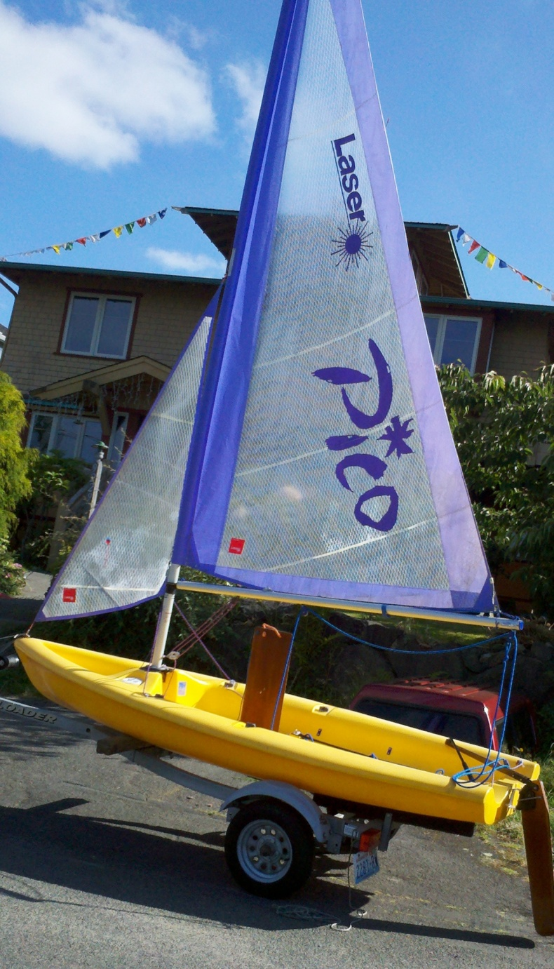 Click image for larger version  Name:Banana Boat.jpg Views:72 Size:416.9 KB ID:58711