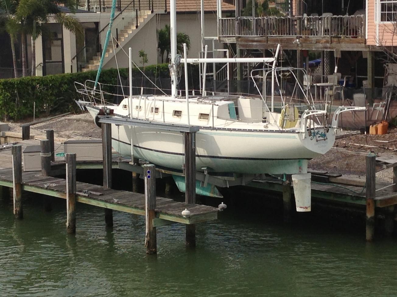 Click image for larger version  Name:boat dodger 002.jpg Views:71 Size:445.9 KB ID:59002