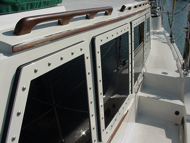 Click image for larger version  Name:Pilothouse windows.jpg Views:597 Size:74.9 KB ID:5919