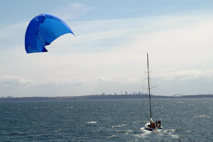 Click image for larger version  Name:KiteShip1.jpg Views:540 Size:38.1 KB ID:608
