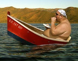 Click image for larger version  Name:fat_guy_boat.jpg Views:1069 Size:33.7 KB ID:61618