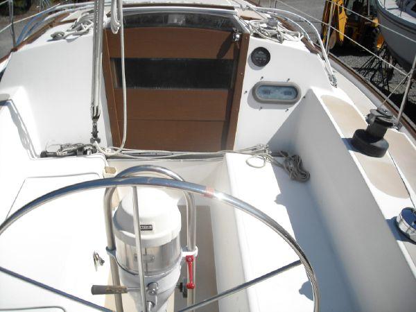 Click image for larger version  Name:bridge deck.jpg Views:75 Size:43.4 KB ID:62549
