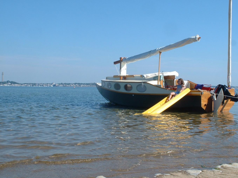 Click image for larger version  Name:Boat_slide.jpg Views:192 Size:410.7 KB ID:62688