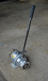 Click image for larger version  Name:windlass.jpg Views:583 Size:230.5 KB ID:63614