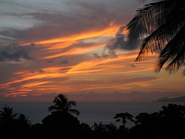 Click image for larger version  Name:Caribbean Sunset.jpg Views:173 Size:108.5 KB ID:6399
