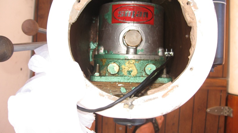 Click image for larger version  Name:Hydraulic steering 001.jpg Views:59 Size:78.2 KB ID:64429