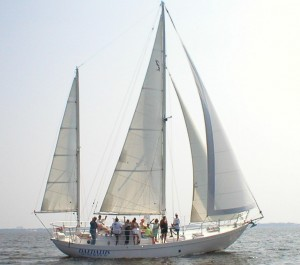 Click image for larger version  Name:Daedalus with group on board.jpg Views:174 Size:15.5 KB ID:64893
