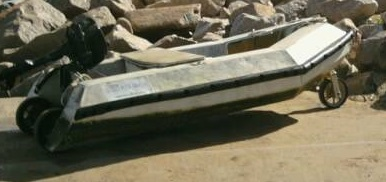 Click image for larger version  Name:3 Wheeled Dingy.jpg Views:222 Size:28.9 KB ID:64921