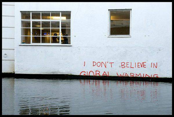 Click image for larger version  Name:Global warming.jpg Views:44 Size:35.0 KB ID:65621