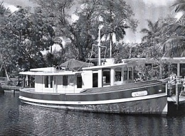 Click image for larger version  Name:Trawler-Houseboat.jpg Views:251 Size:43.4 KB ID:66295