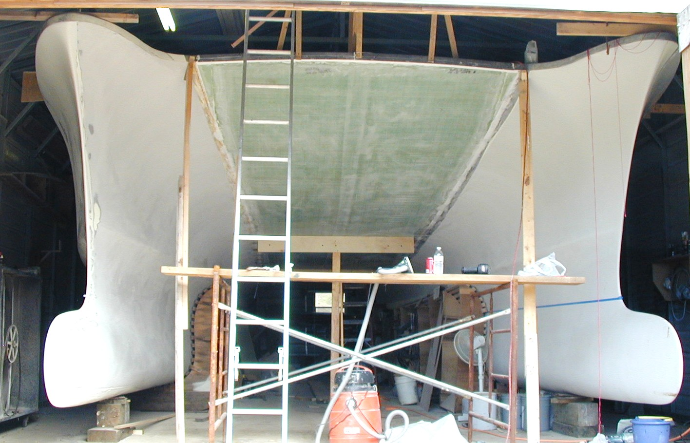 Click image for larger version  Name:Hulls joined, wingdeck in place.JPG Views:387 Size:282.1 KB ID:66800