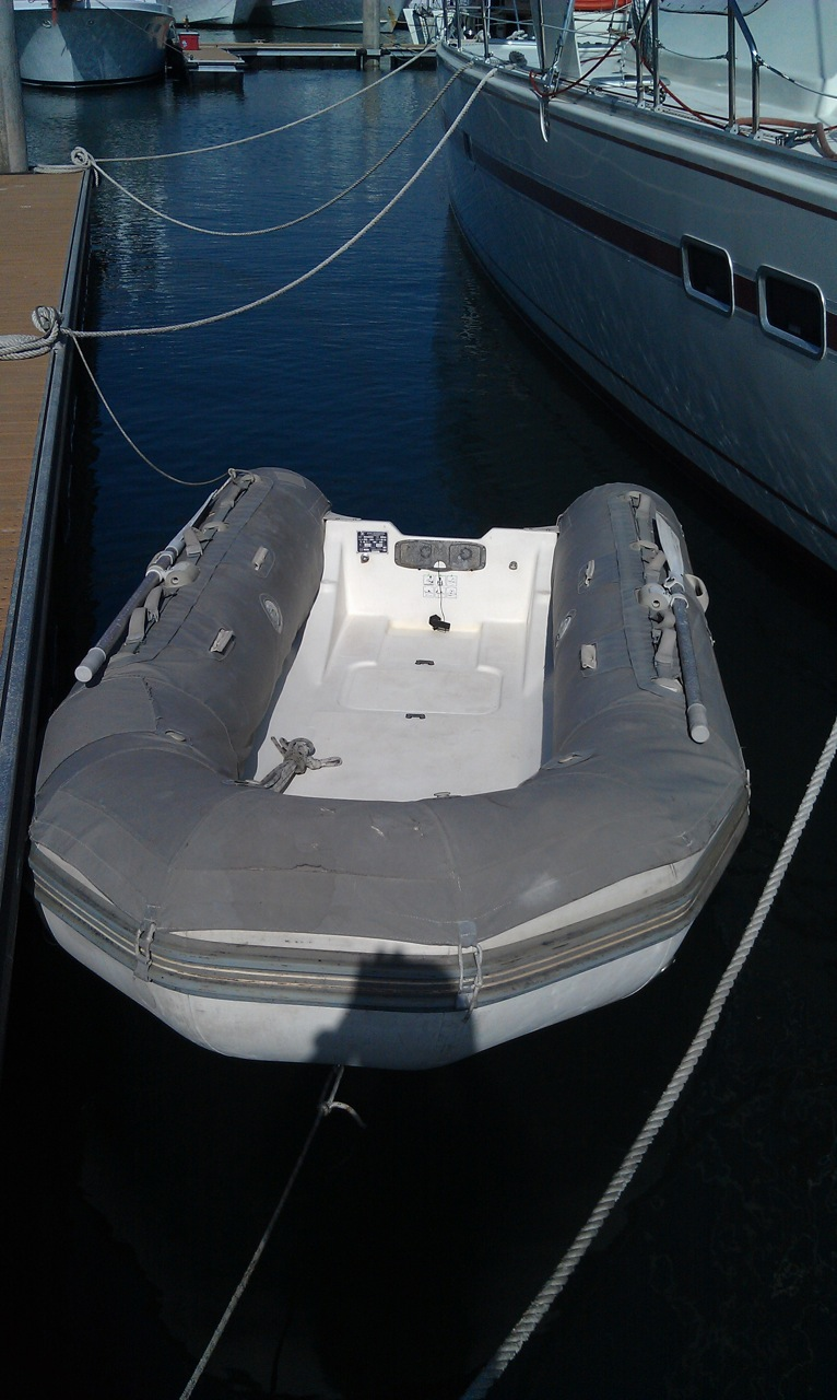 Click image for larger version  Name:Dinghy.jpg Views:149 Size:233.8 KB ID:68689