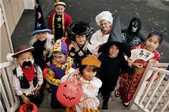 Click image for larger version  Name:Halloween costumes.jpg Views:88 Size:58.3 KB ID:69610